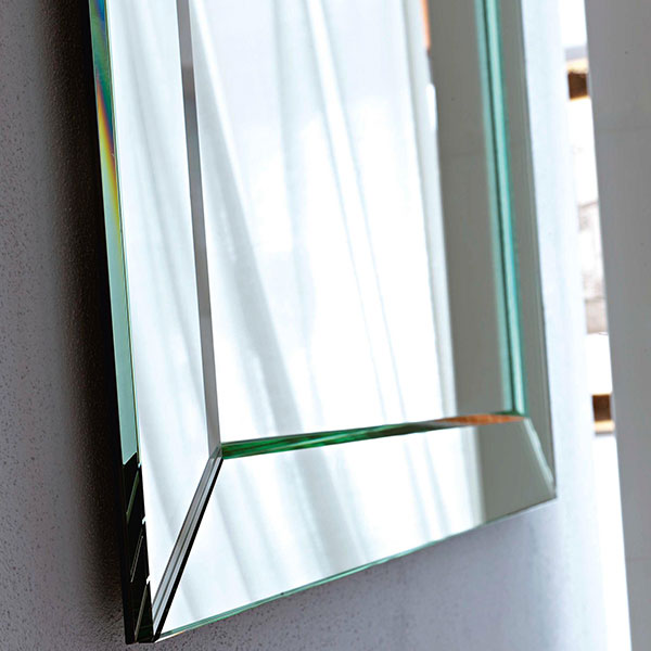 spiegel mit rahmen stunning spiegel isolde rahmen gold x cm with spiegel mit rahmen. Black Bedroom Furniture Sets. Home Design Ideas